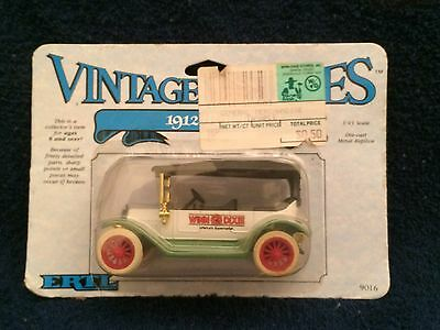 New/Old Vintage Automobile Winn Dixie 1912 Buick 1/43 Scale NIB ERTL