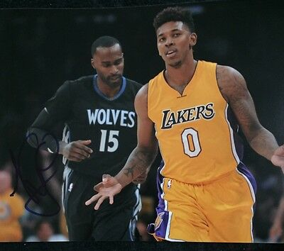 LA Lakers Nick Young Swaggy P Signed 8x10 Photo