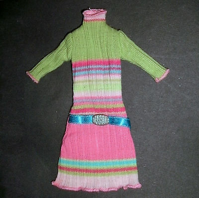 Vintage Barbie doll clothes: Bountique ribbed cotton dress & belt, green version