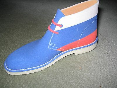 Clarks shoe - 3D printed - Russian flag - collectable memorabilia - pen stand