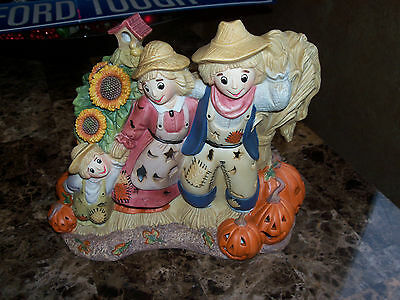 Very Nice Scarecrow & Pumpkin Figurine By Partylite