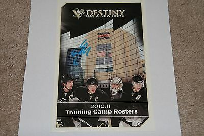 SIDNEY CROSBY Signed Penguins AUTOGRAPHED Training Camp Roster Guide  w/ COA