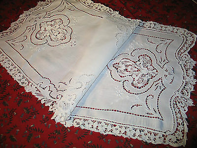 Gorgeous Antique Hand Embroidered Point De Venice Lace Table Runner & 2 Napkins