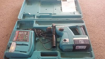 Makita BHR200 SDS Drill with 1 x 2.0 Ah battery charger and case + handle 2006