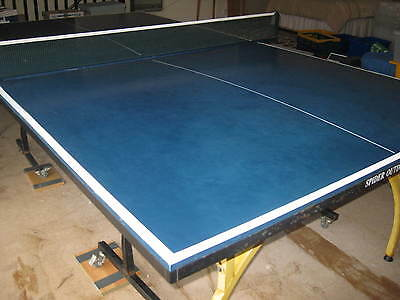 Spider Outdoor Table Tennis Table. Full Size (5' X 9') Complete With Net.