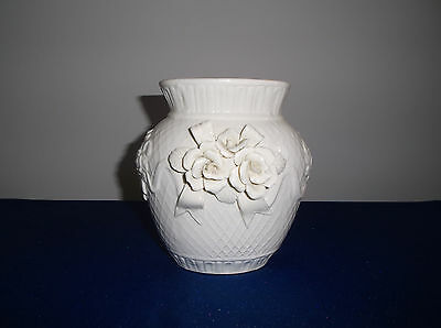 VINTAGE IVORY RAISED ROSE VASE FROM 1960s - A REAL BEAUTY!
