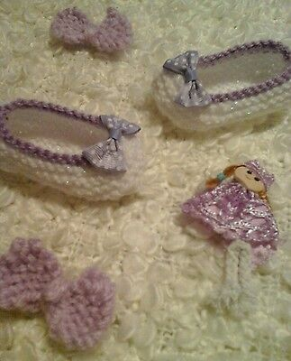 BABY SHOE/SLIPPERS brand new hand knitted