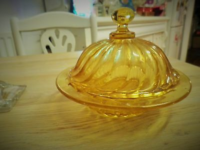 BAGLEY GLASS BUTTER DISH + DOME Amber/gold glass  Carnival pattern 1940s VINTAGE