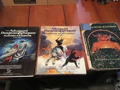 Lot Of 3 1st Edition Dungeons & Dragons Hardcover Books Rough Players Handbooks