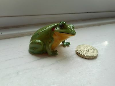 Frog - Beautiful - Detailed Colourful Miniature  Pottery Green & Yellow Frog