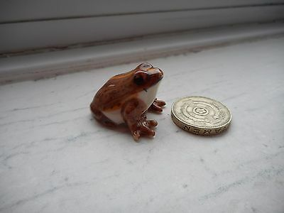 Frog - Beautiful - Detailed  Miniature  Pottery Brown And Gold Chunky Frog