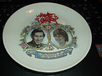1981 H.R.H. Prince Charles Lady Diana Spencer Marriage Plate Mercian China Co.