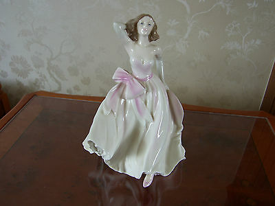 "Coalport Figurine "" Young Love""  Ladies Of Fashion In Mint Condition"