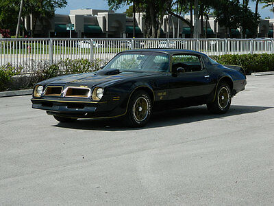 1976 Pontiac Trans Am WS4 1976 PONTIAC TRANS AM 400 AUTO A/C POWER STEERING BRAKES WS4 WINDOWS GOLD TRIM
