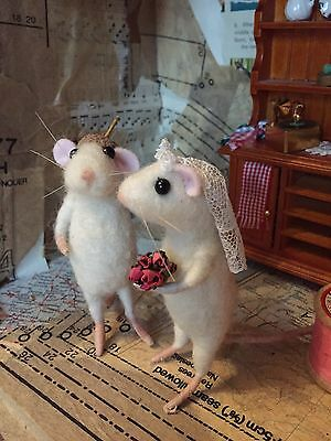 Needle Felted Bride & Groom Mice Cheese Wedding Cake Topper