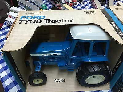 1/12 Vintage Ford TW-10 Tractor by ERTL W/Box!