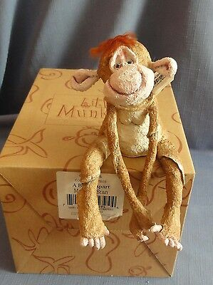 A BREED APART STAN THE MONKEY CAO5394 Little Munkies Country Artists Enesco