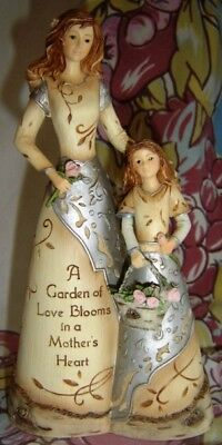 FIGURINES Mother and Daughter Inscription Message Pavilion Elements