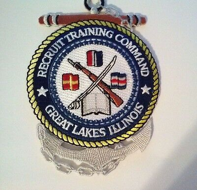 """Recruit Training Command Great Lakes Illinois Patch Sew on or Iron on  4 1/2"""""""