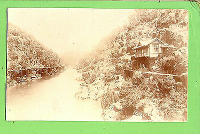 #n.  Australiana  Postcard -  River House, Tasmanian Series, Beattie, Hobart