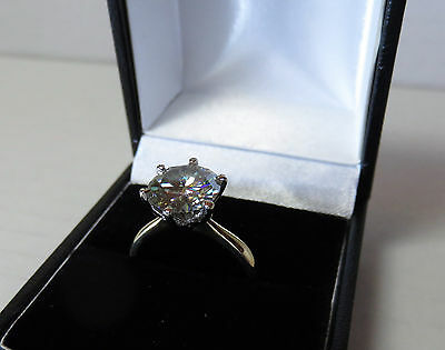 GENUINE MOISSANITE DIAMOND SOLITAIRE 18 CARAT SOLID YELLOW GOLD RING 9.4mm vvs2