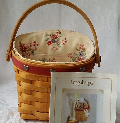 LONGABERGER 2001 Sweetheart Red Love Notes Basket w/Hearts