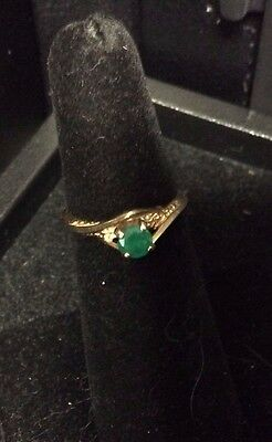 Vintage 14K Yellow Gold Emerald Ring Size 5