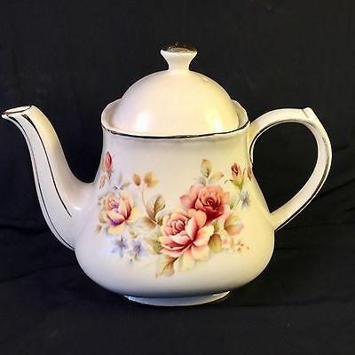 SADLER Cream with Pink and Yellow Roses Gold Trim Four Cup Pattern #1005 TEAPOT