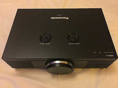 Panasonic PT-AE4000E LCD Projector, Perfect condition, Price new was £2200