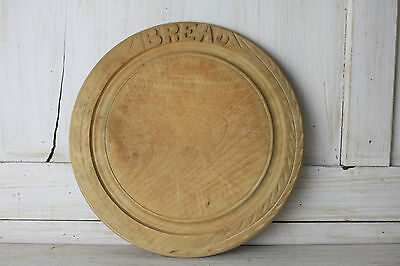 Retro Carved Kitchen Bread Chopping Board