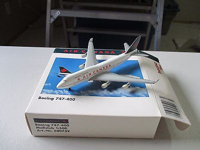 Herpa Wings  500739  Air Canada  747 - 400   Version 3