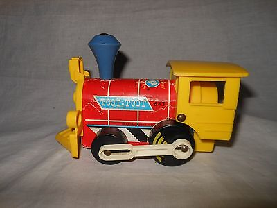 Vintage Fisher Price Wood Toot Toot Train 643 Train 1964