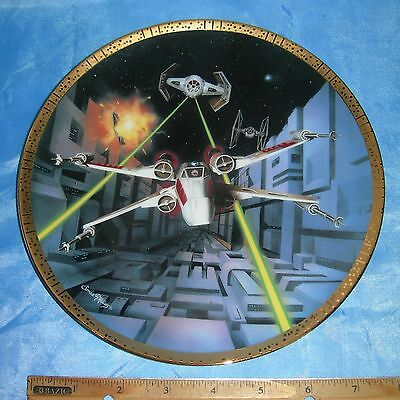 STAR WARS Space Vehicles PLATE Hamilton Collection RED FIVE X-WING FIGHTER 4636D