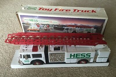 Hess Toy Fire Truck with Dual Sound Siren 1989