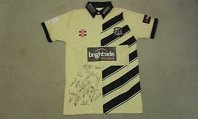 Gloucestershire CCC limited overs 2016 squad autographed cricket shirt