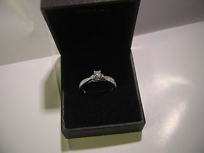 Astoundingsolid 9Ct White Gold Engagement Ring-Size N1/2-Quarter Carat Diamond