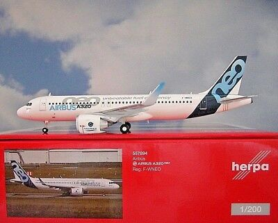 Herpa Wings 1:200 Airbus A320neo  Airbus neo  F-WNEO  557894