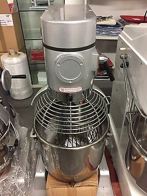 NEW 30ltr Universal Dough Mixer