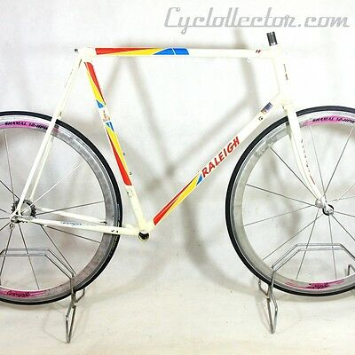 White frame and Forks Raleigh Maxi Sports Reynolds 753 Size 60