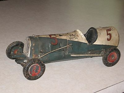 Early (  Homemade ?) Racer Tether Car