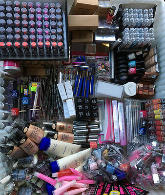 100 x Cosmetics Joblot Wholesale Car boot sale Bankrupt stock From the picture