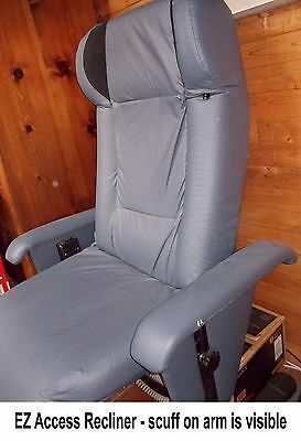 Somatron EZ Access Recliner, Vibroacoustic Therapy Chair - Pre-owned