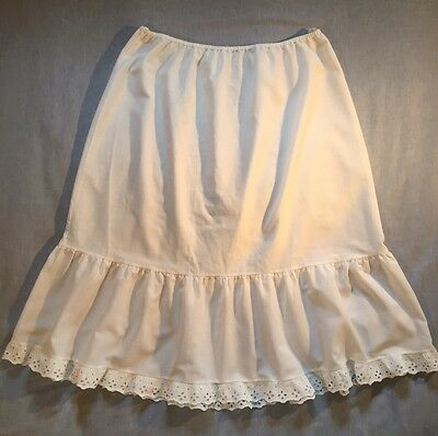 Vintage Style C & A Ladies White Petticoat + Broderie Anglais Frill Size 16