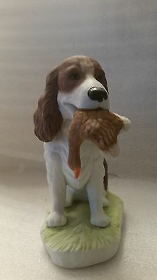 Beautiful Porcelain Springer Spaniel Sitting With Pheasant Hunting Dog Taiwan