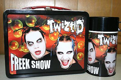 NECA TWIZTID METAL LUNCHBOX W Thermos Drink Container NEW Twizted Freek Show Tin