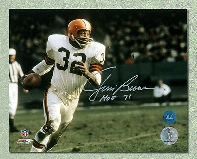 Jim Brown Cleveland Browns Autographed Football Rushing 16x20 Photo