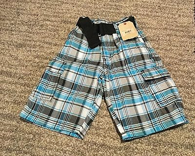NWT Boys buzz cuts shorts size 5 col blue