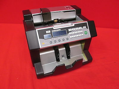 Royal Sovereign Digital Cash Counter 300 Bill Cap 9-51/64 X 9-45/64 X 8805