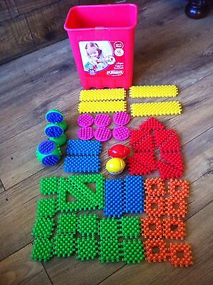 Playskool Clipo Figure Bucket Contains All 50 Pieces In Good Condition.