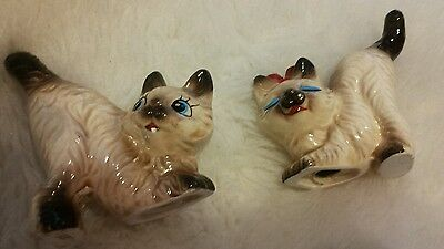 Vintage Ceramic Siamese Cats Figurine  Salt & Pepper Shakers From Japan